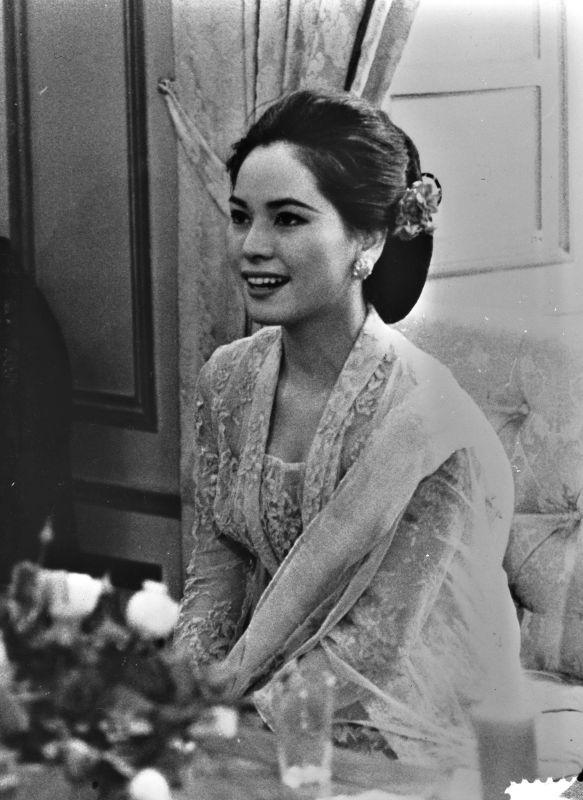 As always Very Beautiful , Madam Dewi