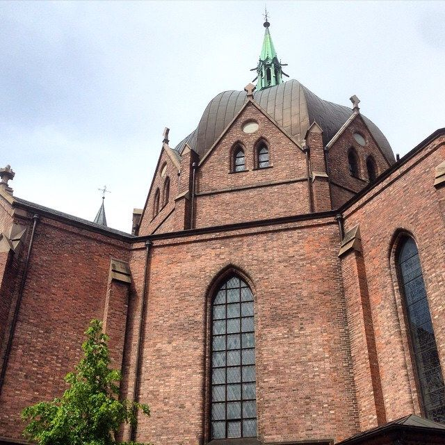Trefoldighetskirken (Trinity Church) - Oslo #kirke #trefoldighetskirken #arkitektur #architecture #church #oslo #eiendomania