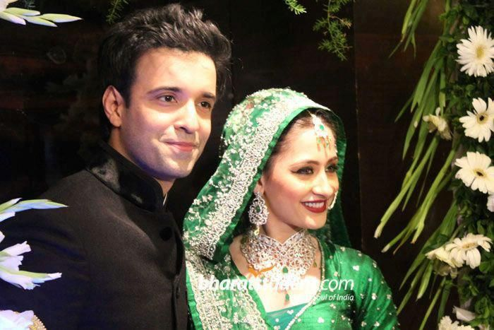 Indian Television Star Couple Sanjeeda Sheikh and Amir wedding video and pictures !   Pakistani Showbiz Buzz Industry   Latest News