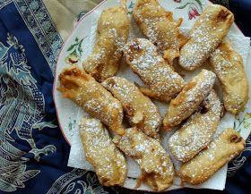 Food Lust People Love: Pisang Goreng or Deep Fried Bananas