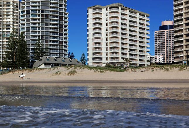 The Breakers Apartments, a Surfers Paradise Apartment | Stayz