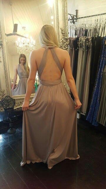 Twist Dress in Oyster.