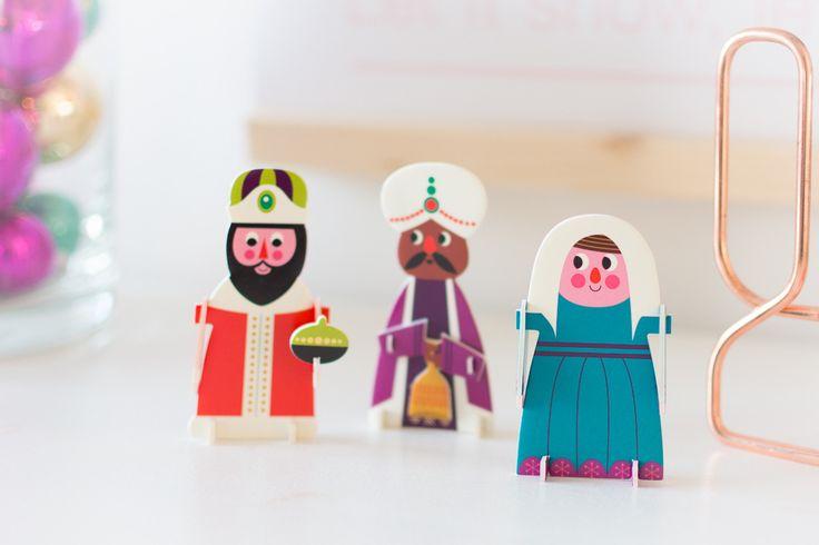 Kleurige kerststal van OMM design / Ingela P Arrhenius http://www.bringinghappiness.nl/kleurige-kerststal/