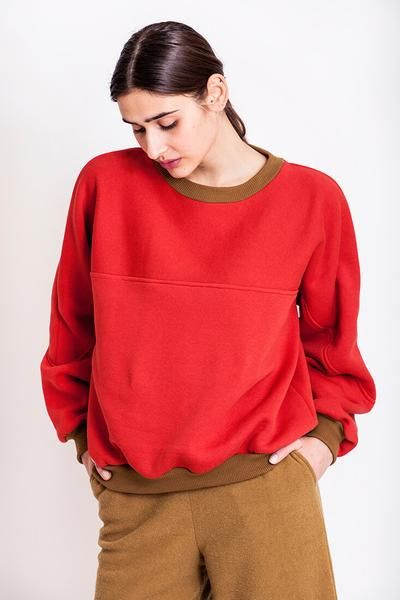 SALES - now €55.00 was €110.00.  Get that unique Chicks on Chic look with the oversized 90s feel cotton sweatshirt, which is cut from fleece, soft cotton and has a loose fit for a cozy feeling and an ultra-cool look. REPIN TO YOUR OWN INSPIRATION BOARD