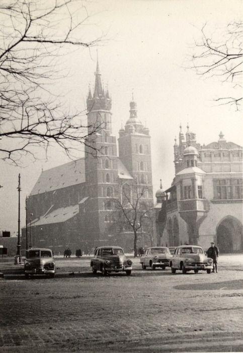 Krakow Main Square    ca 1960, by Henryk Hermanowicz
