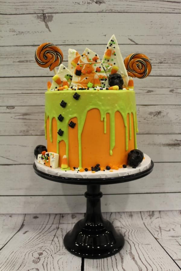 halloween drip cake cake by denise makes cakes