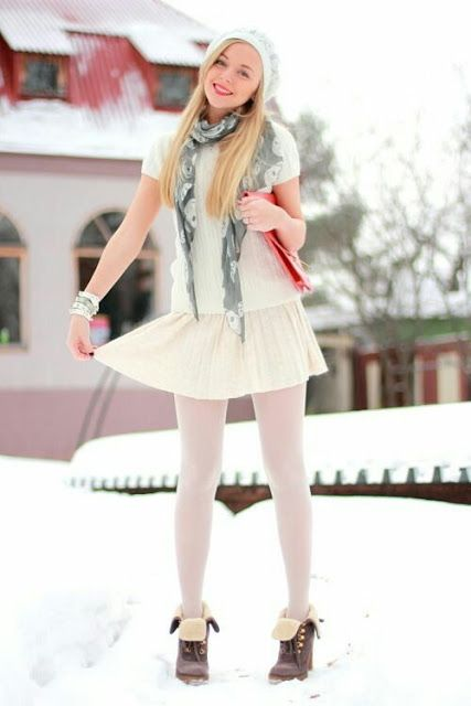 7a9fff0e2401e Tights and pantyhose fall inspiration - women's fashion 2018 ...
