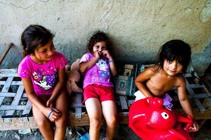 Lespezi girls by Sebastian Sosin on 500px