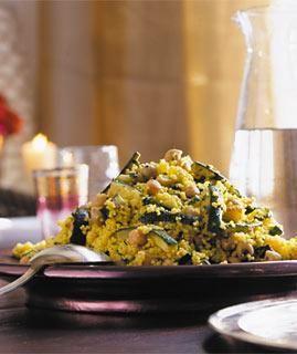 Couscous-Salat mit gebratenen Zucchini