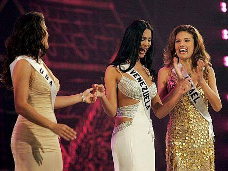 Monica Spear Miss Venezuela es llamada a formar parte del Top 5 la Noche Final del Miss Universe 2005.. by Antoni Azocar..