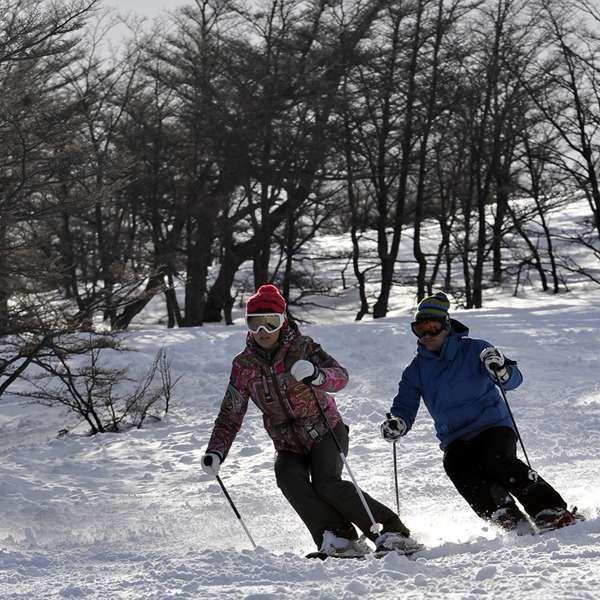 Neve e esporte radical dão o tom em cruzeiro à Terra do Fogo