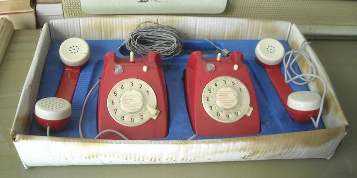 VECCHIO GIOCO PER BAMBINI_TELEFONIA_COPPIA DI TELEFONI GIOCA | JPEGbay.com