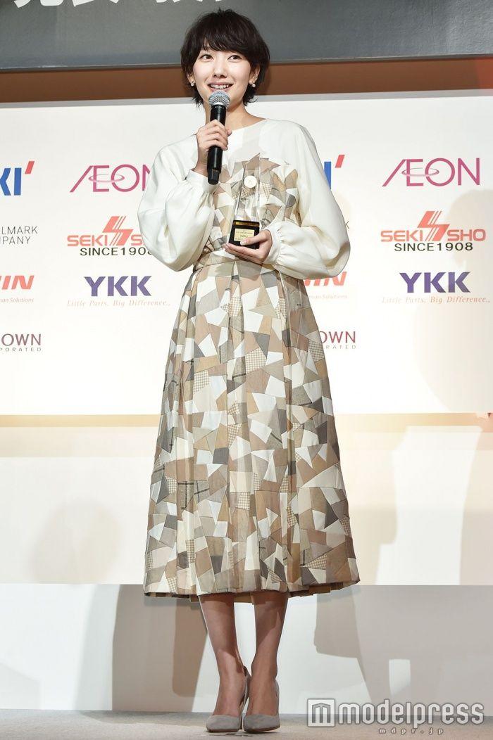 (画像16/41)波瑠、W受賞の快挙 プライベートでの素顔は?<第46回ベストドレッサー賞>