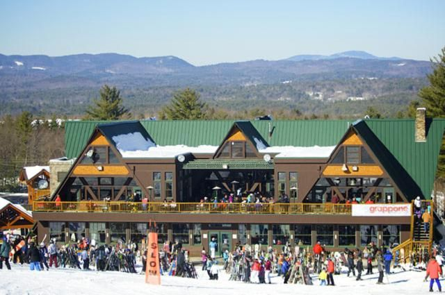 Here are some of New Hampshire resorts' best places to head to for great food and good times: http://skiing.about.com/od/newhampshireskiresorts/fl/New-Hampshire-Ski-Resorts-Apres-Ski-Offerings.htm #SkiNH