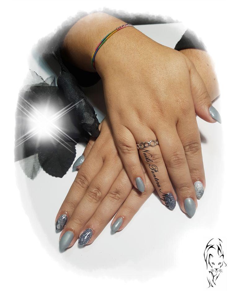 Unhas em Gel (que brilham no escuro) em cores cinza e mix de gliters com nail art marmoreado e Matte <3 🌸 Aplicação Unhas de Gel , Acrílico, verniz gel, Acrigel e Hidratação de parafina!🌸 https://youtu.be/yaH-hQHDgIY ▫️ Aspecto Natural ✔️ Marca comigo 📞  ou msg Facebook! https://www.facebook.com/panteranegranails