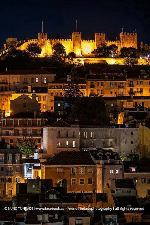 St. Jorge's Castle on the top of a hill in Lisbon (there are 7 hills) Portugal, Nuno Trindade Photography