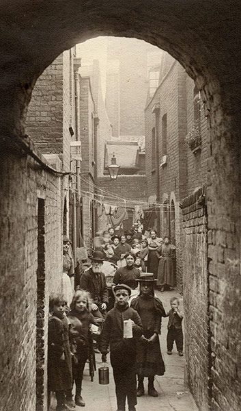 A view of Union Place in Spitalfields, London, 1901.  (The Guardian - Credit: Horace Warner/The Religious Society of Friends in Britain)