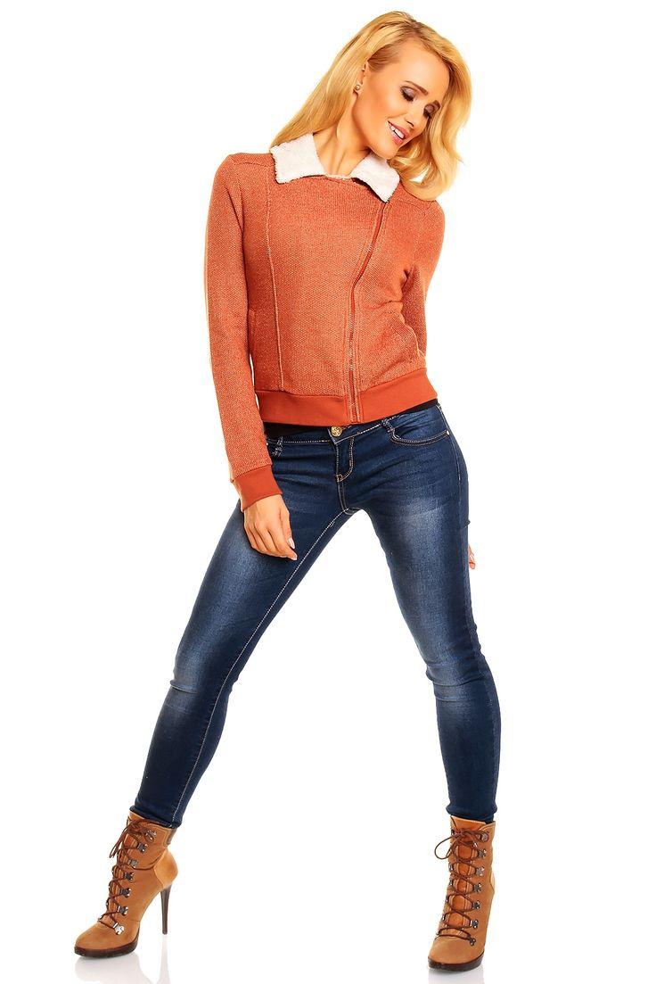 Jacheta Dama marca Fresh Made la numai 7  euro+ TVA . pret de engros. Daca comercializati haine cereti-ne acum o oferta en-gros .Avem mii se mii de asemena modele in permanenta pe stoc. tel. 0770847244 sau office@outletstock.ro