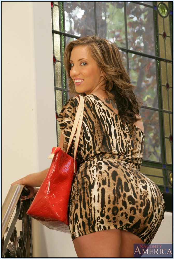 Are kelly divine tight dress ass question Yes