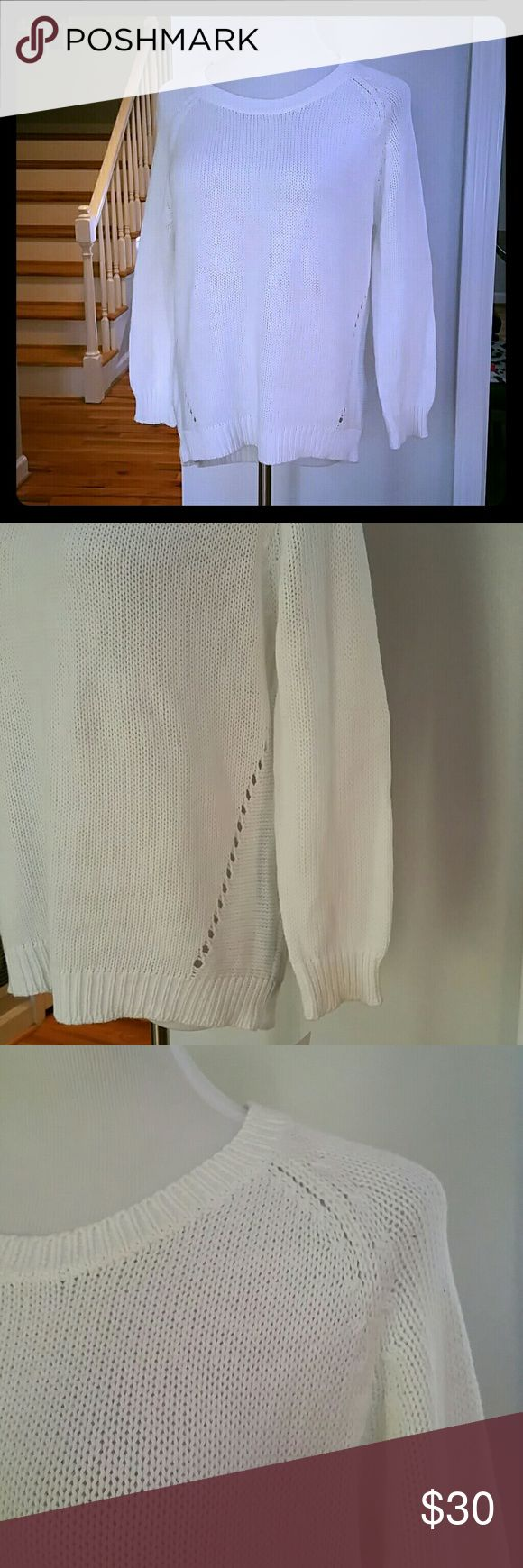 NWT NY COLLECTION SWEATER NWT NY Collection Raglan-Sleeve Sweater  Size : Medium  Materials : 100% COTTON NY Collection Sweaters