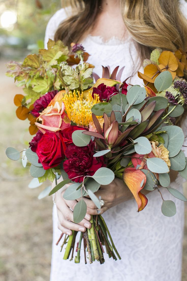 1940's style wedding bouquets   best Autumn wedding Inspirations images on Pinterest  Autumn