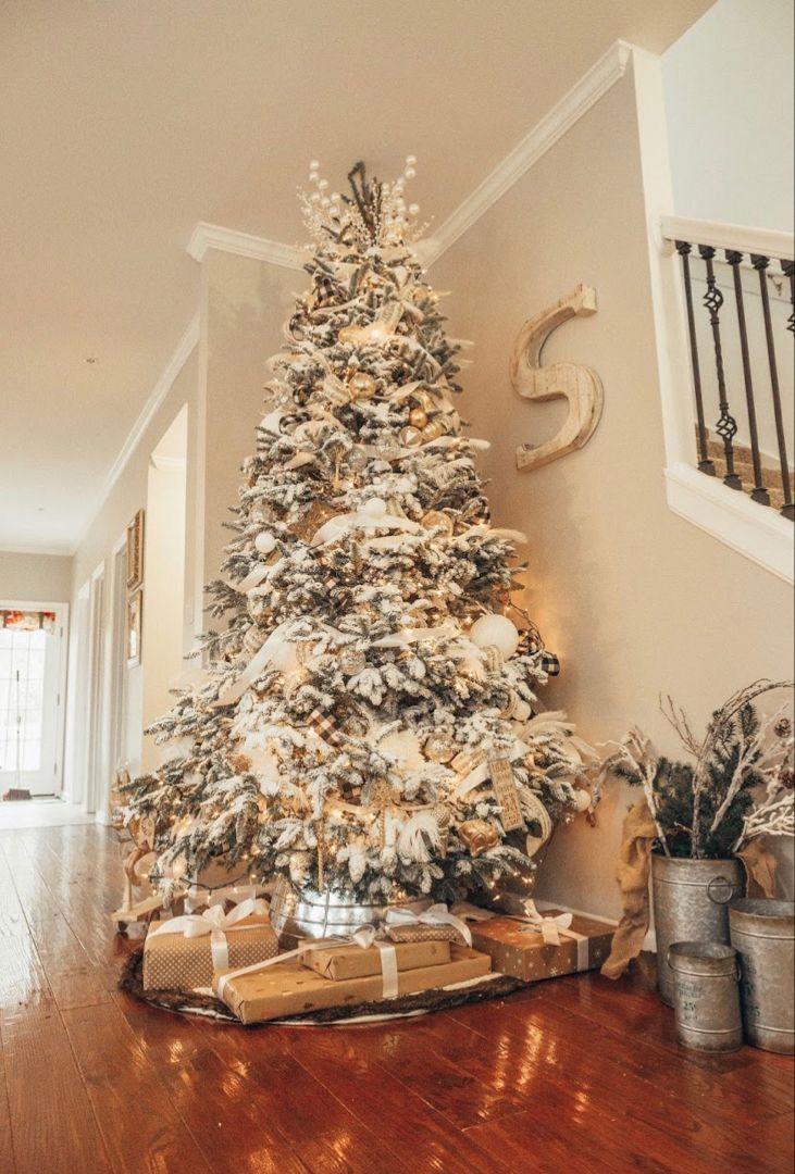 ͘—𝘐𝘕𝘛𝘌𝘙𝘌𝘚𝘛 Amylangan White Flocked Christmas Tree Christmas Tree Inspiration Farmhouse Christmas Decor