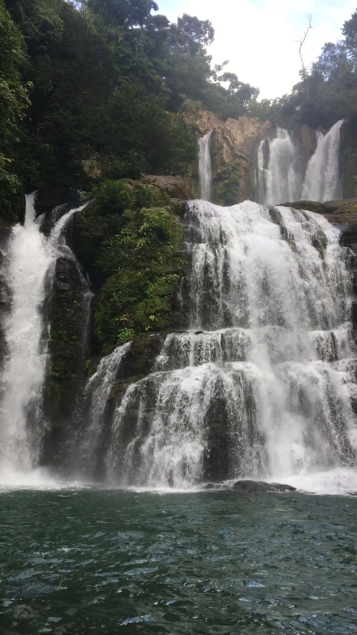 10 Unbelievable Places To Visit In Central America [Video] | Beautiful places to visit, Cool places to visit, Waterfall