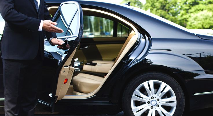 Austin Premium Limousine is the professional Austin Limo Rental and Transportation Services company you have been looking for in Central Texas. Call On 512-834-8000! We also provide Luxury Limo Service Austin for all your special occasions and events including Wedding Limousine Services,