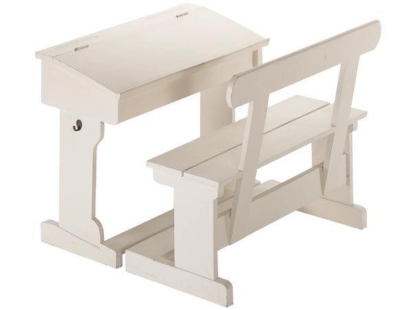 MAX Horsens A/S :: hobby legetøj inde og ude møbler institutioner