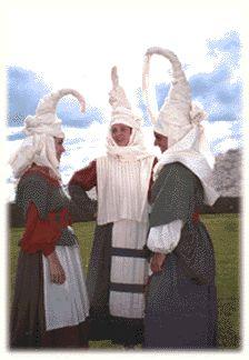 Traje Vasco de la Edad Media - Zenbat Gara..En 1991 Zenbat Gara recrea la ropa…