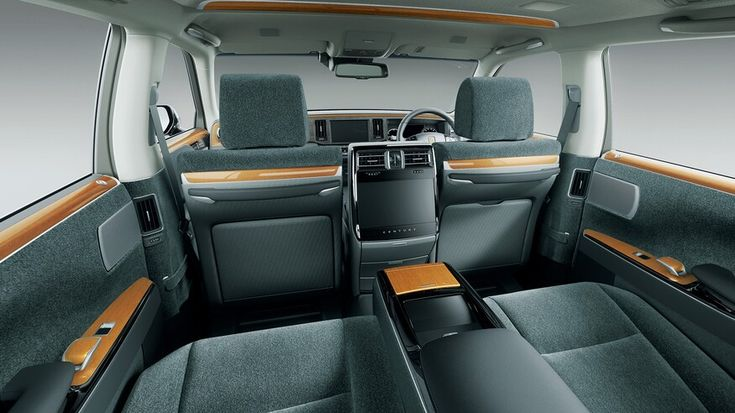 Inside Look: How the Toyota Century Rivals Rolls-Royce ...