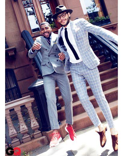 <結婚式 二次会 男性の服装カジュアル> 柄のスーツや赤のシューズ!