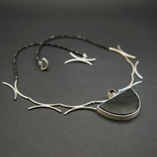 Fune necklace. www.yvonnegilhooly.co.uk copyright applies.