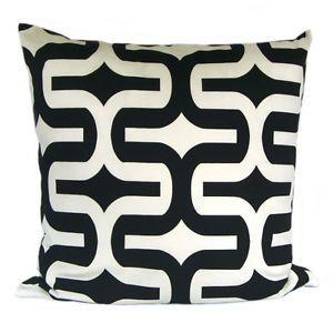 1 Kissenhülle Kissenbezug 50 x 50 cm Kissen Embrace schwarz-weiß modern