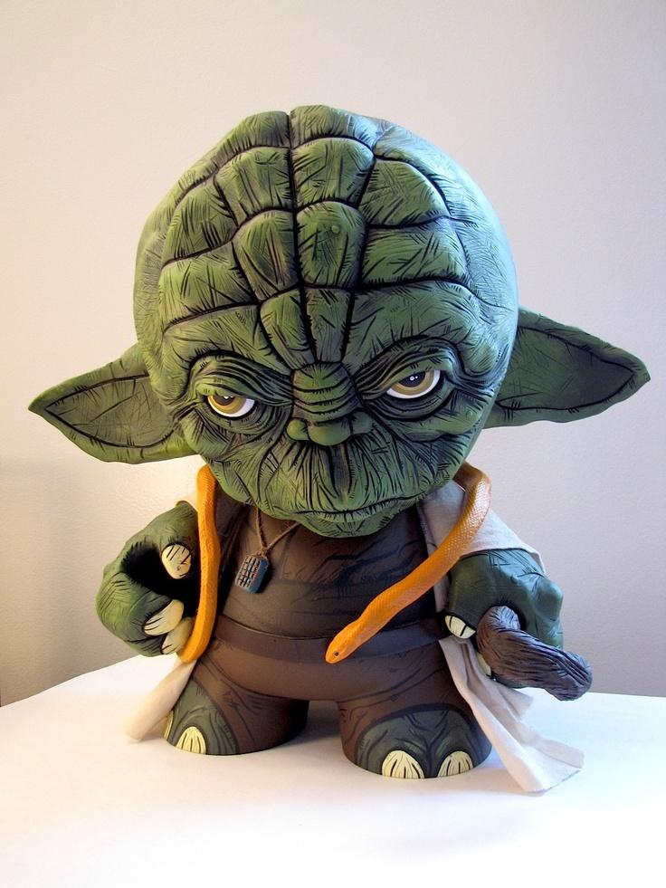 Yoda Munny by Sean Viloria.: Sean Viloria, Custom Yoda, Yoda Munni, Art Toys, Geek Toys, Stars War, Yoda Megamunni, Vinyls Toys, Mega Munni