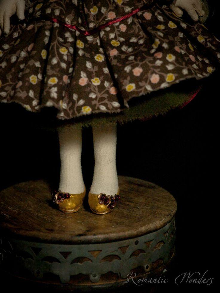 ''Linda'' by 'Romantic Wonders Dolls'