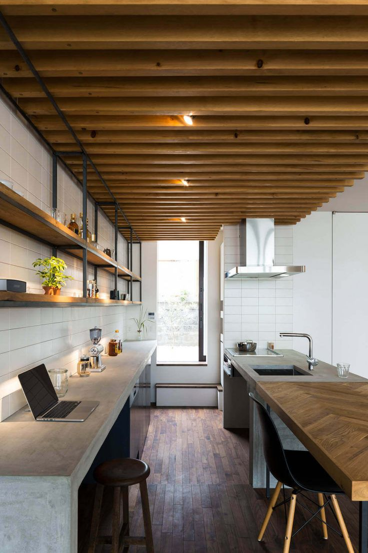 Designed by Tukurito Architects, the minimalist house design allows the quality of the detail work to shine through.