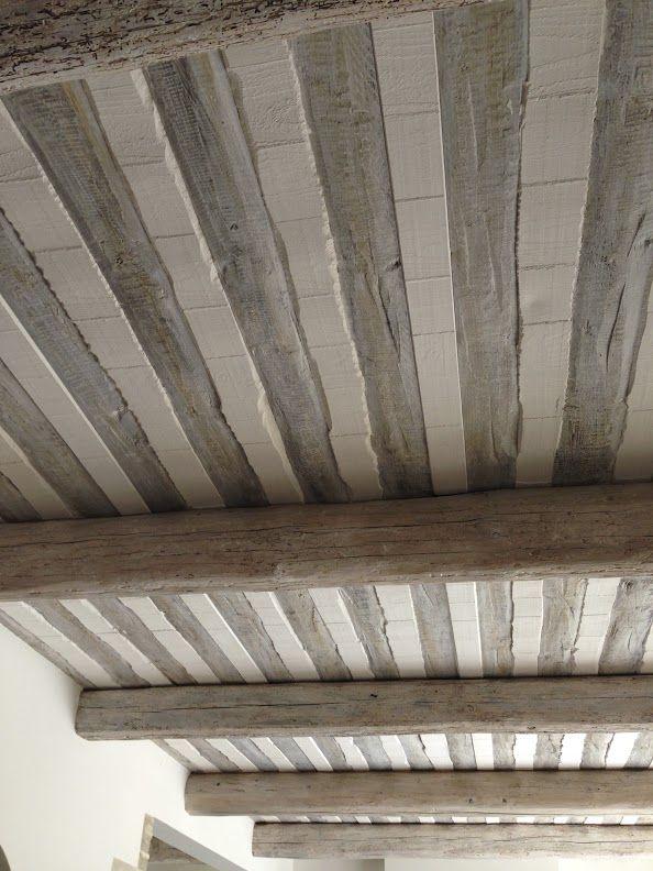 Plafond poutre voliges et plâtre