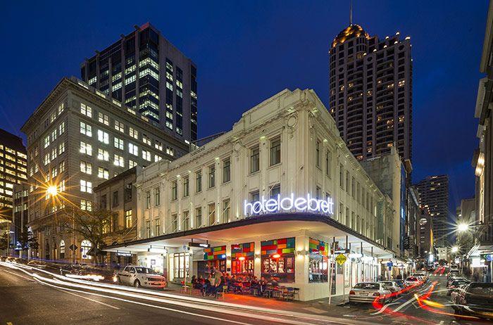Hotel DeBrett in Auckland for my last night.