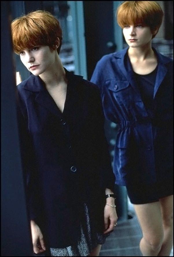 "Jennifer Jason Leigh and Bridget Fonda promotional photos for Barbet Schroeder's ""Single White Female"" 1991. Ferdinando Scianna."
