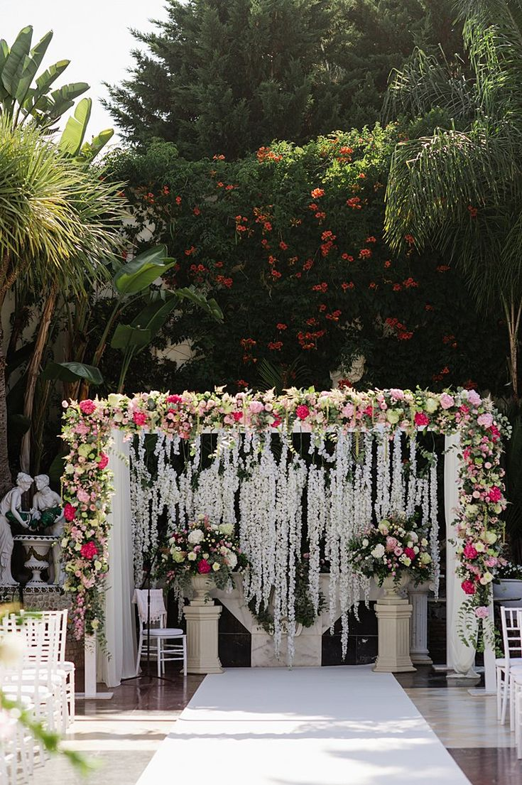 A Gemy Maalouf Bride for a Destination Jewish Wedding at