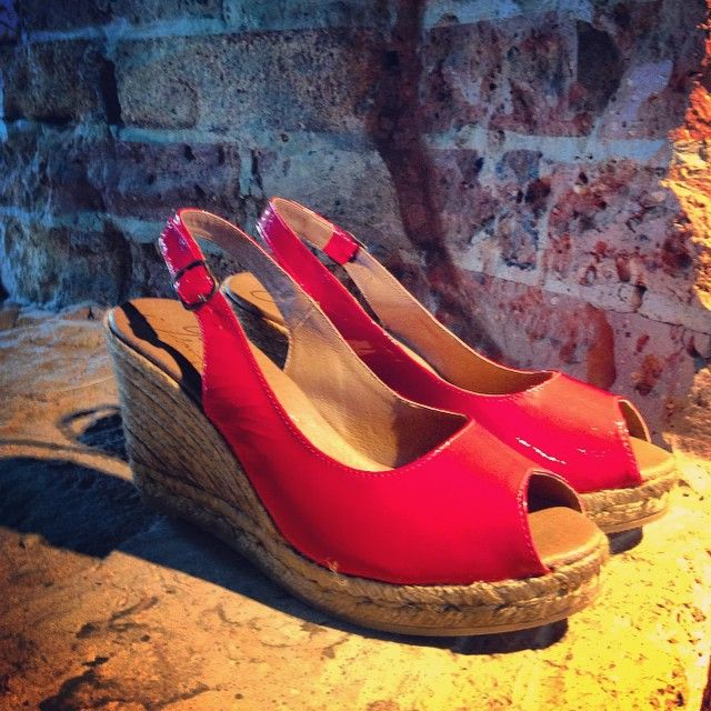 Red patent espadrilles wedges. Gaimo. Handmade in Spain. www.pasionshoes.com.au