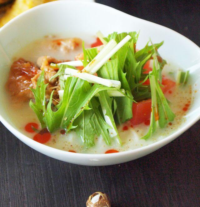 こんにちは。料理家の神田依理子です。  「30分でできる献立」シリーズ第2弾は、「夏の中華風おもてなしごはん」をテーマにお届けします。  担担麺風のつけ麺は、これからの季節に常備されるご家庭も多い、素麺を使います。  見た目も華やかで、野菜もたっぷり!女性のお友達にも喜ばれるはずですよ♪