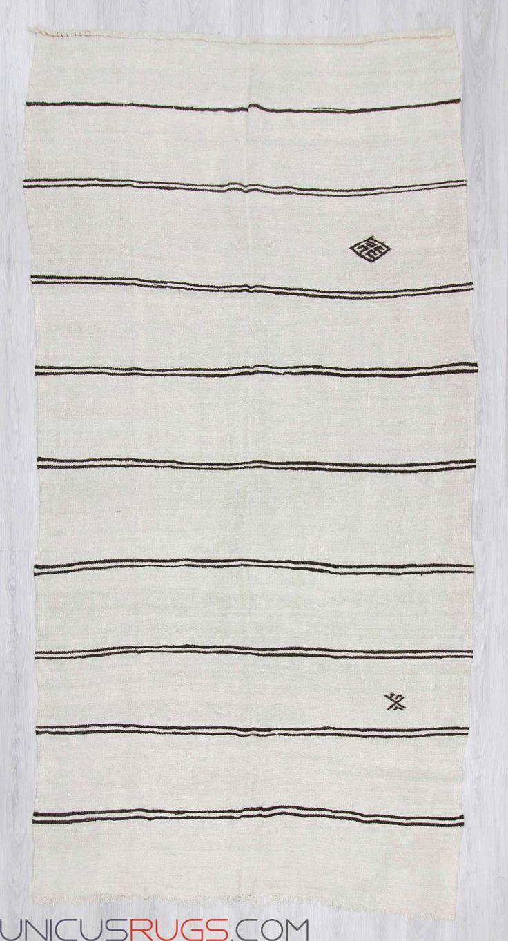 "Vintage hemp kilim rug from Yozgat region of Turkey.in good condition.Approximately 50-60 years old Width: 6' 0"" - Length: 11' 7"" Hemp Kilims"