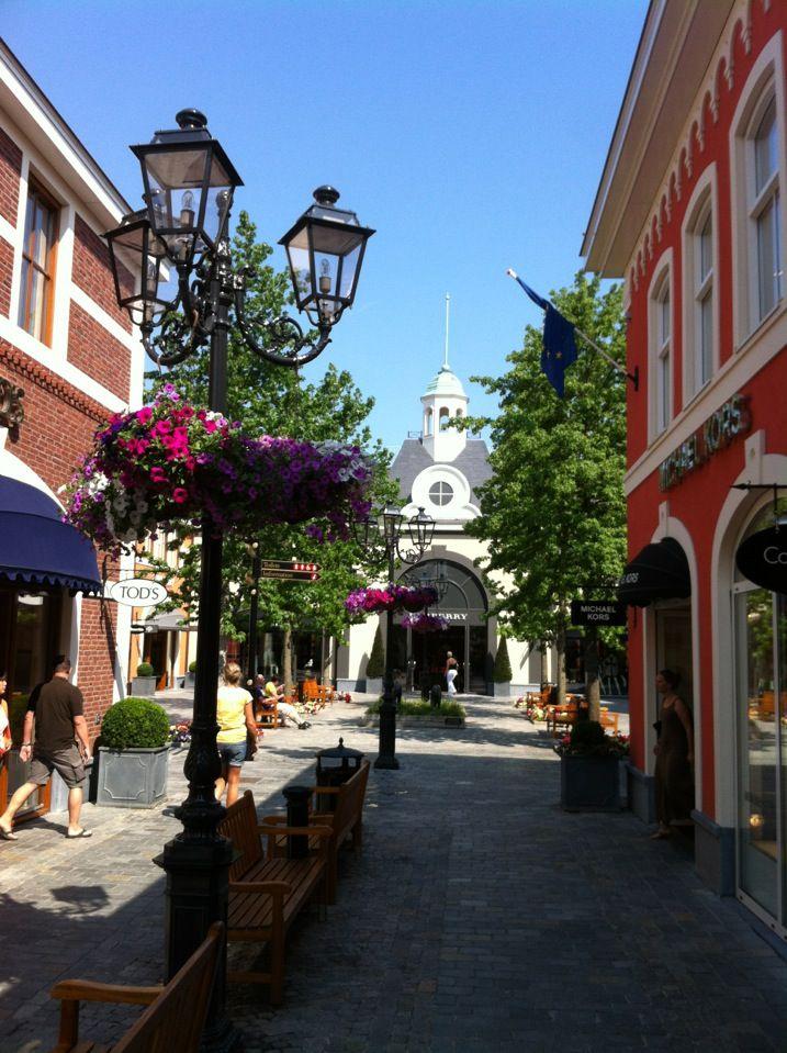 Designer Outlet Roermond in Roermond, Limburg