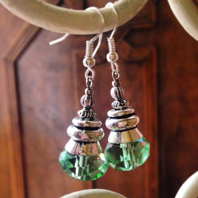 Life is too short, never be dull. #one1earth Sparkle in Green Earrings https://www.facebook.com/OneEarthwithm