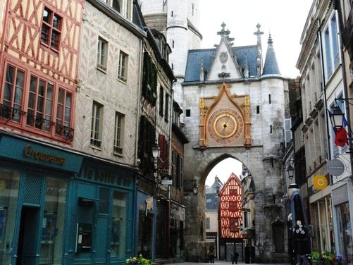 1000 images about auxerre burgundy france on pinterest medieval burgundy france and. Black Bedroom Furniture Sets. Home Design Ideas