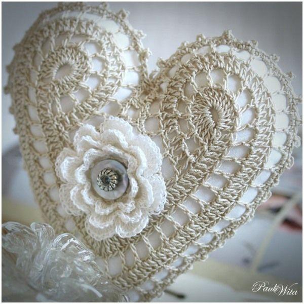 love this crochet heart