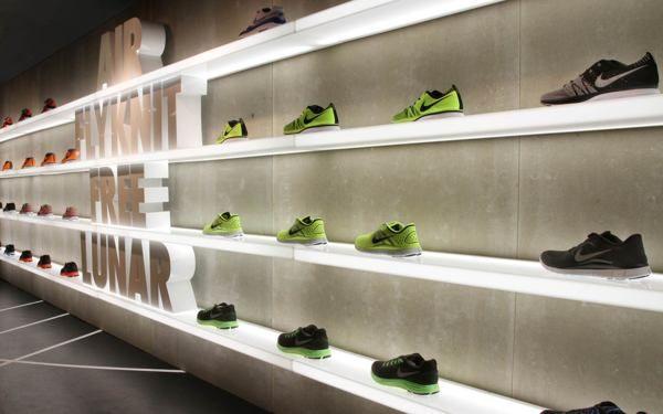 Barcelona Nike Olympic Games Pop Up Store by Blanca Beltz, via Behance