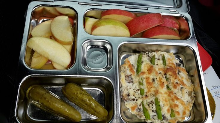 Hungry Hubby And Family: COHEN DIET: Lunchbox with ricotta tarts